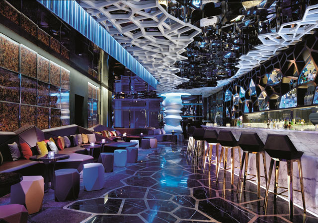 Hong Kong - Ozone bar at The Ritz Carlton