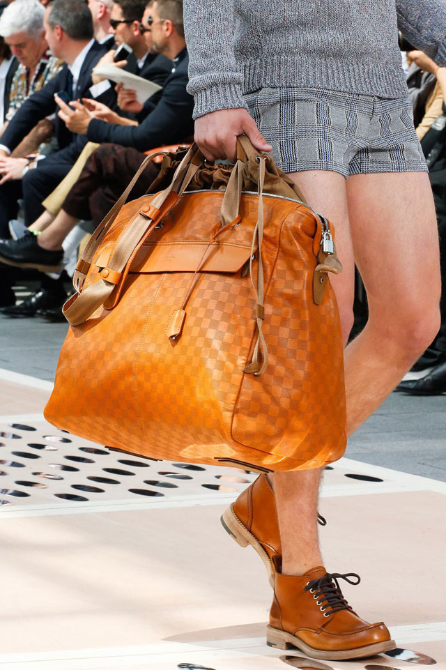 Louis Vuitton - Orange man bag